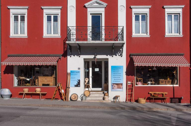 Unser Geschäft im 'Roten Ochsen' in Flims Dorf